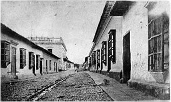 2 Calle Comercio