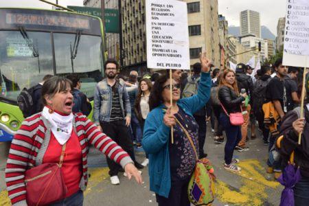 Bogotaestudiantes7