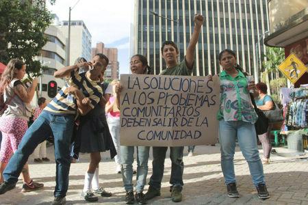 Marcha Contra Desalojos-(11)
