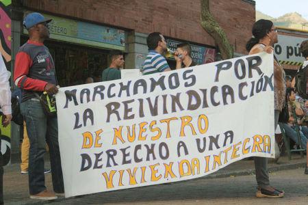 Marcha Contra Desalojos-(15)