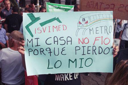 Marcha Contra Desalojos-(4)