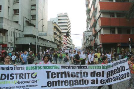 Marcha Contra Desalojos-(7)