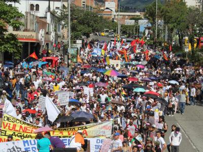 Medellín Marcha Por La Vida (2)