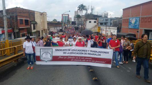 Movilización Maestros En Pereira2