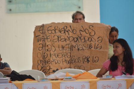 Uniendo Pueblos Por La Paz 13