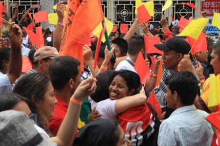Uniendo Pueblos Por La Paz 24