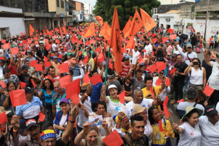 Uniendo Pueblos Por La Paz 25