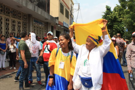 Uniendo Pueblos Por La Paz 27