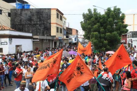 Uniendo Pueblos Por La Paz 35