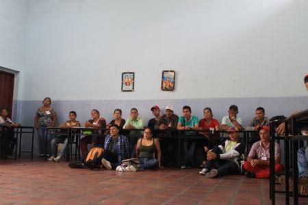 Uniendo Pueblos Por La Paz 41