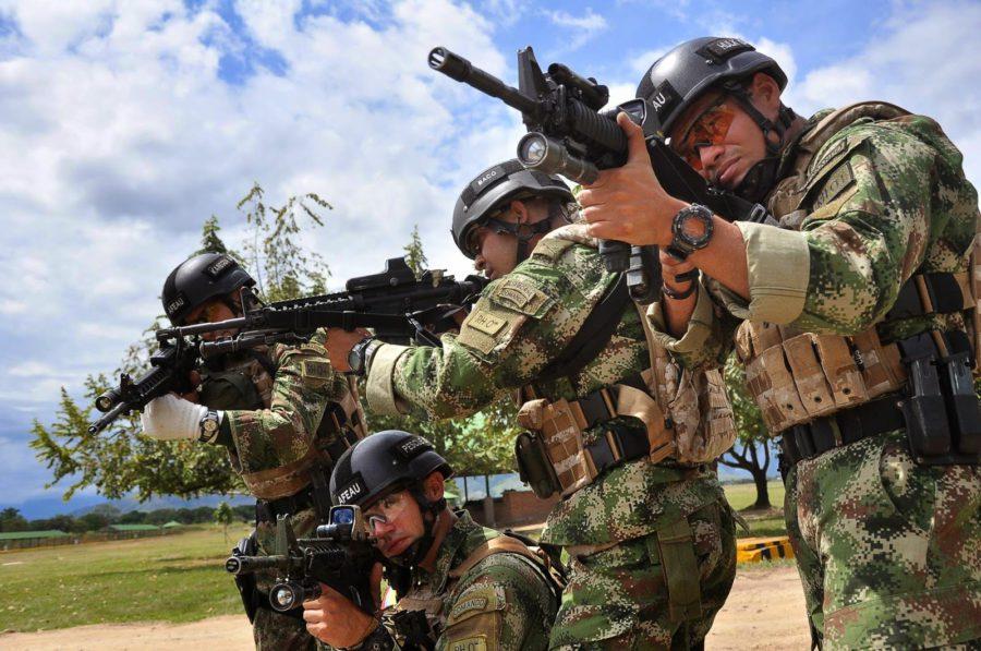 Se presenta la fuerza pública en El Guayabo